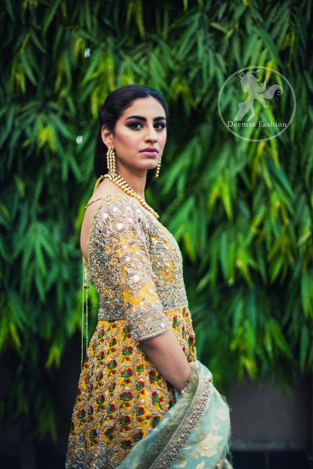 mehndi-dress-2016-yellow-short-frock-with-light-green-gharara-5