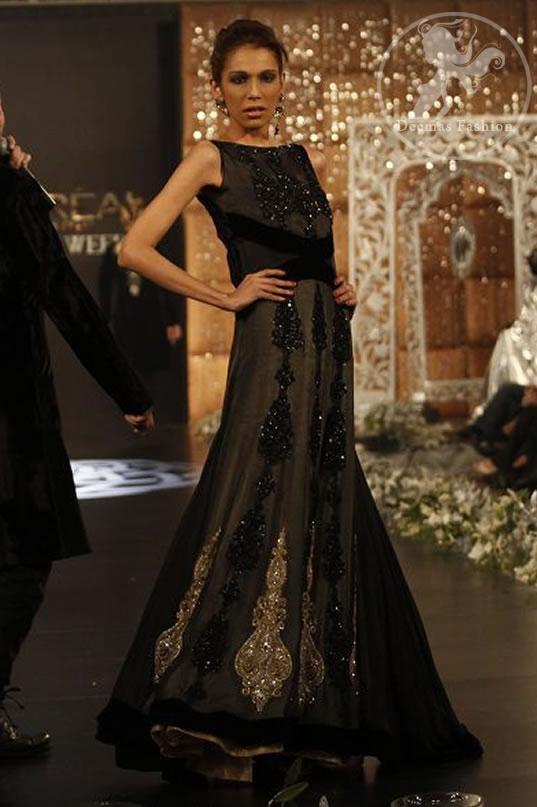 Black-full-length-party-wear-pishwas