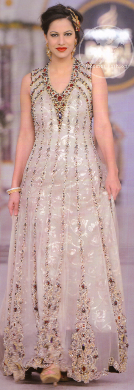 Ivory-white-fully-embroidered-pishwas