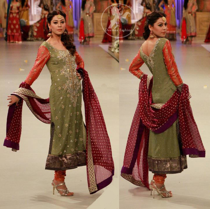 Olive-green-banarsi-shirt-and-maroon-embroidered-dupatta
