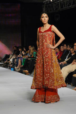 Red-Rust Gharara